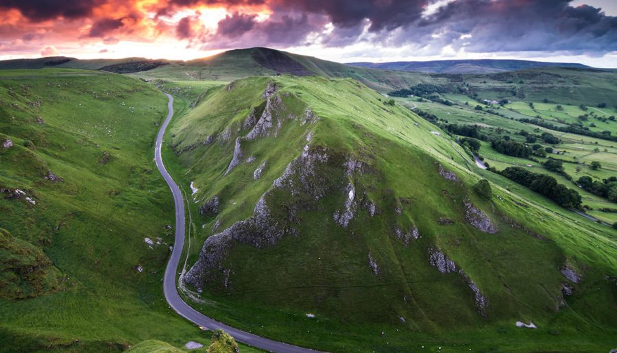 Winnats pass – Peak District UK